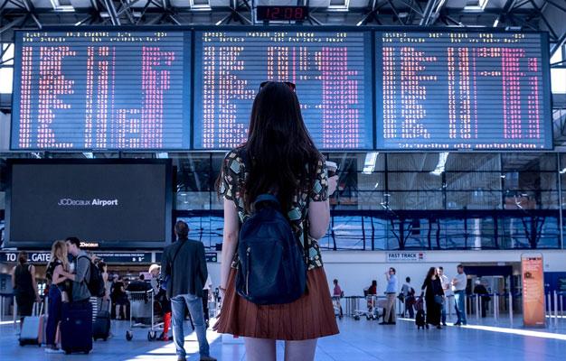 standing-airport